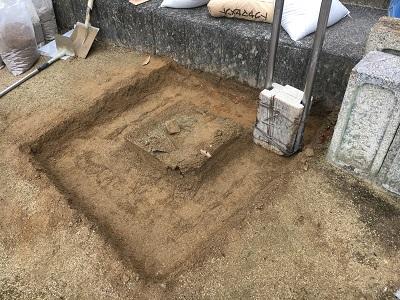 尾道市で行ったお墓のコンクリート打設です。